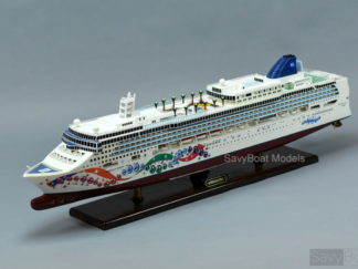 Norwegian Pearl ship model
