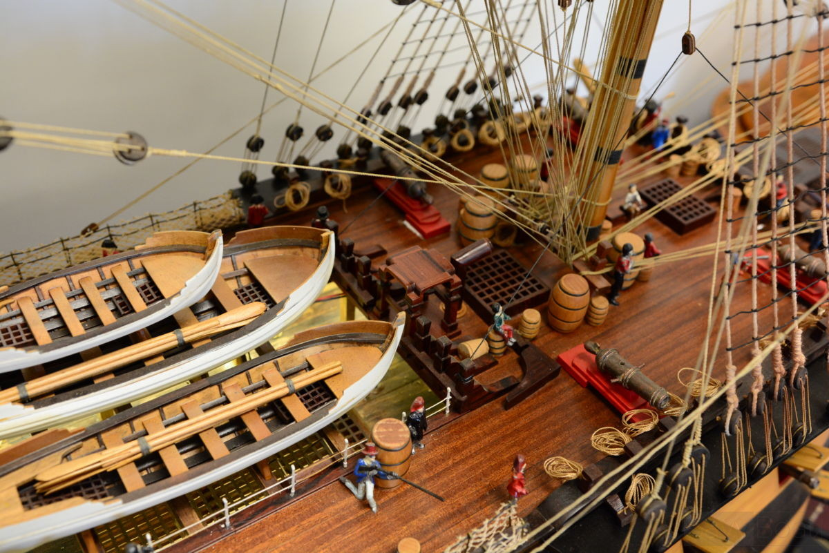 Hms Victory Museum Quality 10 Feet Handcrafted Wooden