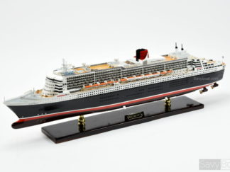 Queen Mary 2 ship model