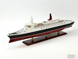 Queen elizabeth 2 Handcrafted Model ship