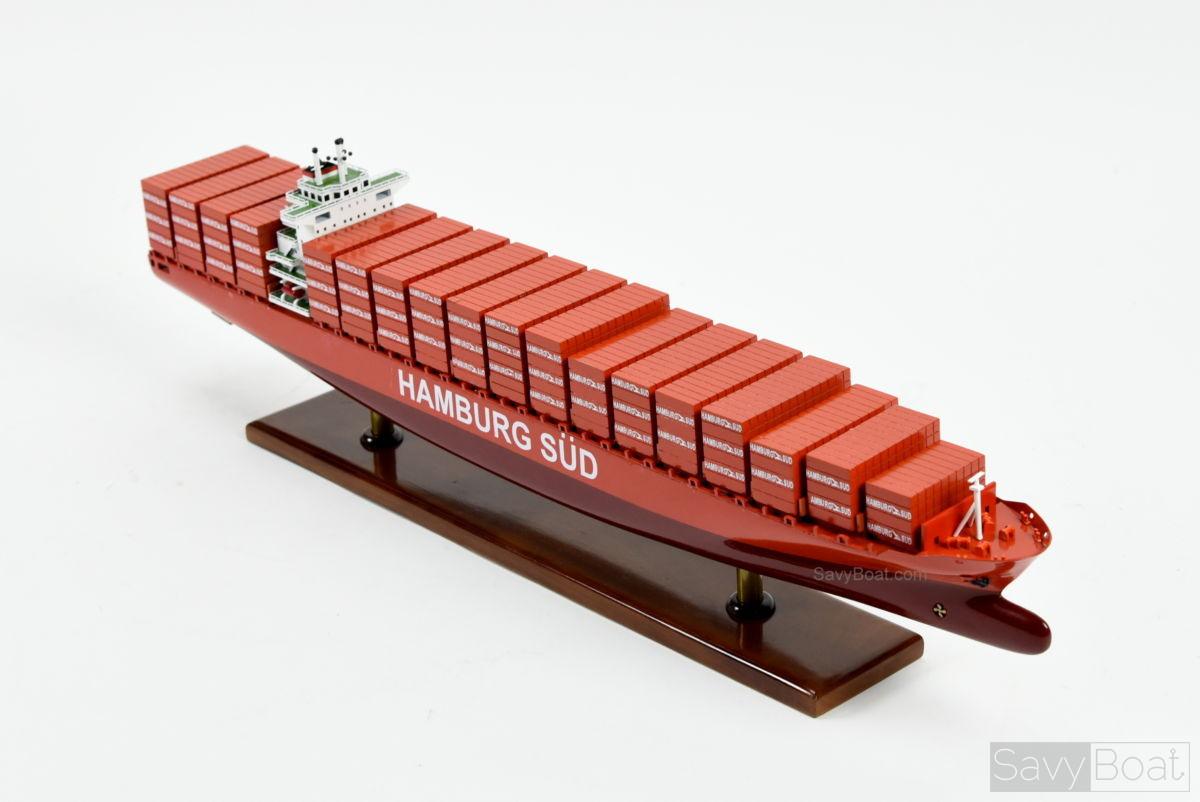 Hamburg Süd container Ship