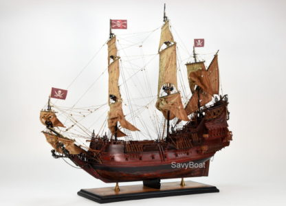 QUEEN ANNE'S REVENGE Pirate ship model