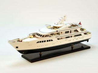 Majestic Yacht Model
